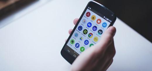 smartphone-1281669__340