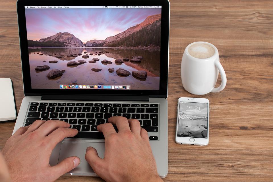 Ne zamudite! Brezplačne kratke delavnice: pametni telefon, računalniško opismenjevanje …