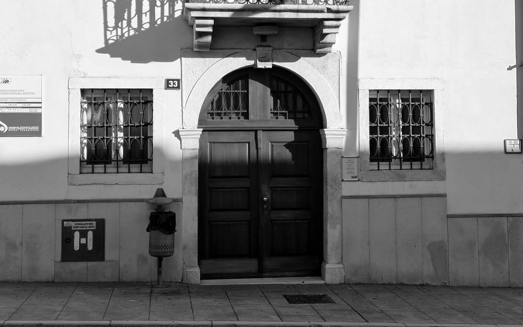 Obvestilo: vstop v prostore Ljudske univerze Koper